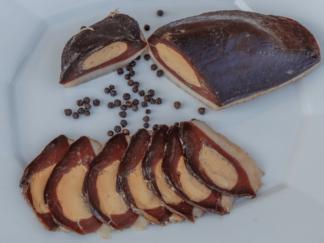 """Magret de canard séché fourré au foie gras """"Apéro"""" aux poivres d'Asie-min (1)"""